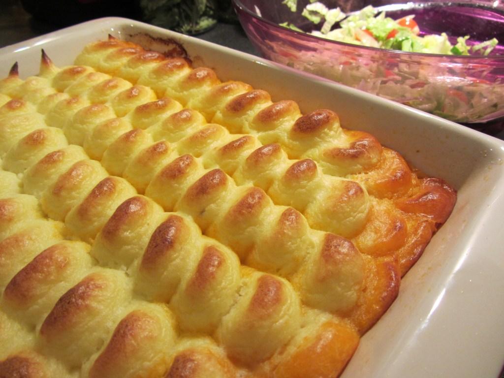 Ragú z mletého masa zapečené s bramborovou kaší